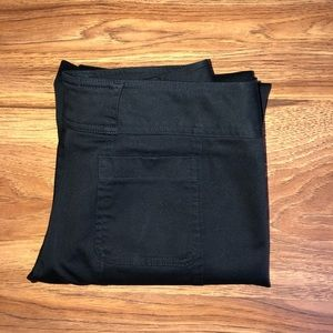 EUC Arden B Black pants w/attached belt 2